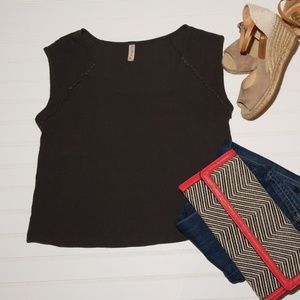 """Final Touch - sz.S, olive green, boho """"crop"""" top"""